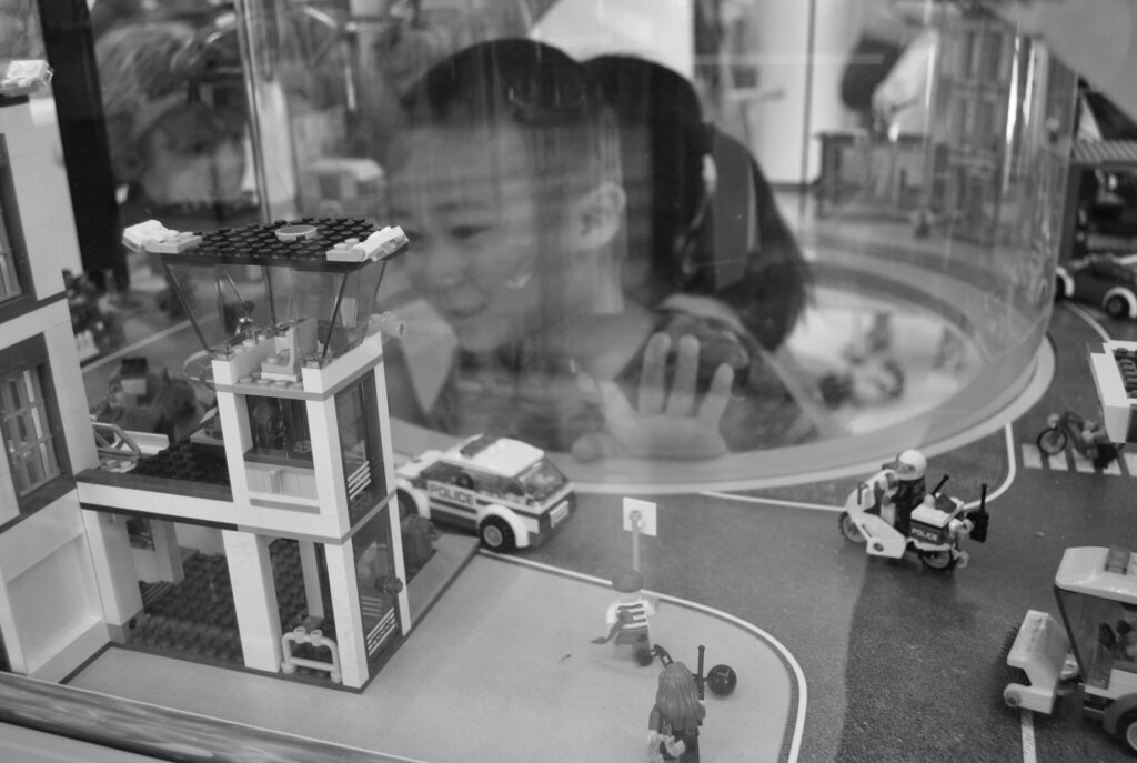 street photography portfolio selection amauriph - black and white photo