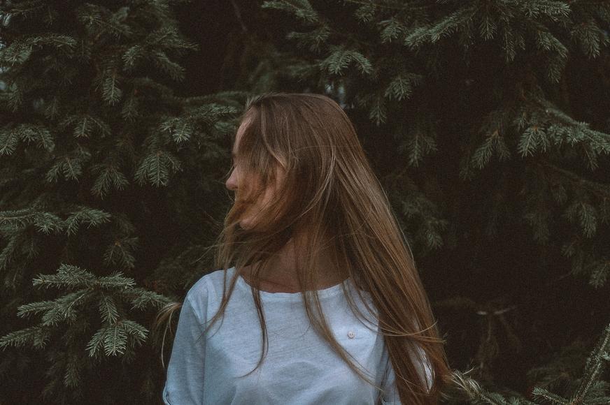foto ritratto ragazza capelli