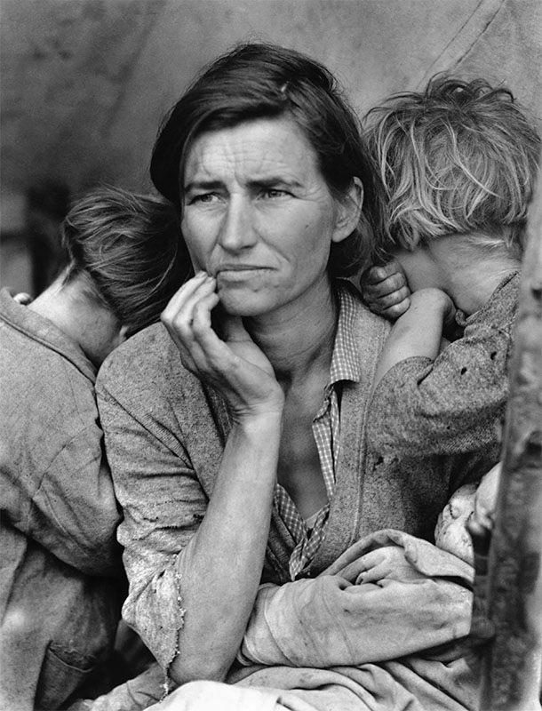 black and white portrait photography mother kids dorothea lange
