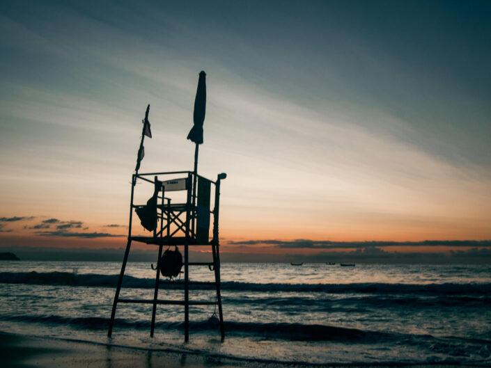 laigueglia mare alba spiaggia